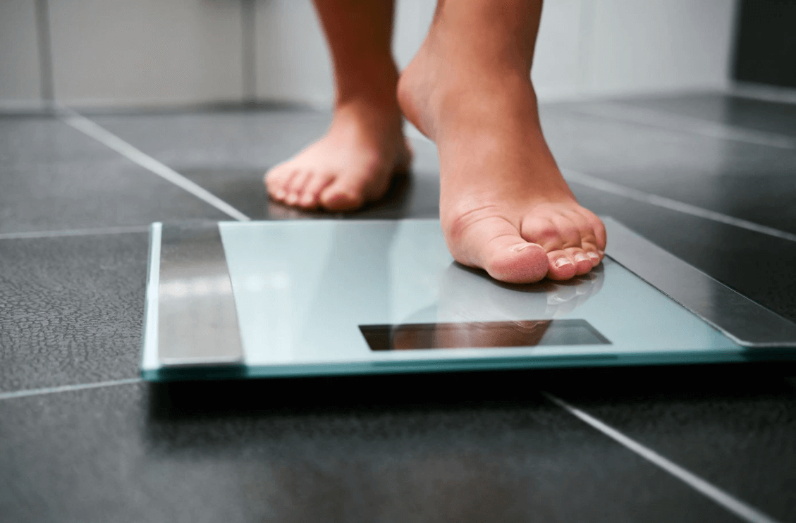 Regularly using the scale and weighting your self is a great way to track your progress in the gym