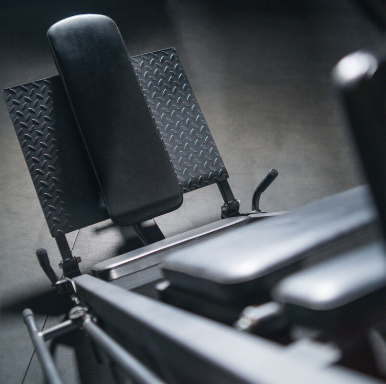 Build Quality, Materials & Warranty are factors to consider when Buying Your First Hack Squat Machine