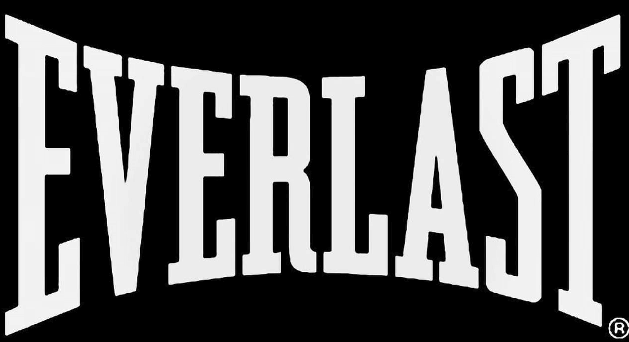 Everlast Is one of the most known brands when it comes to making fighting gear