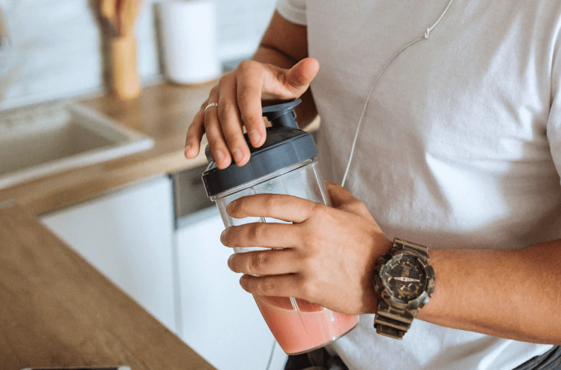 Why I Decided to Take 2 Protein Shakes a Day and One Meal