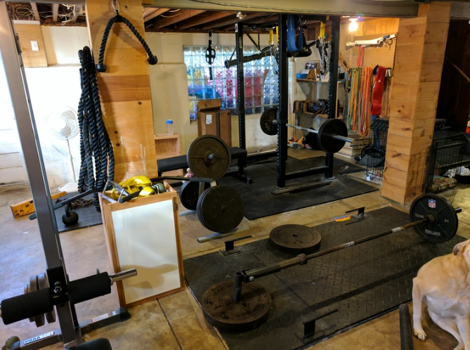 Working out on a low-ceiling gym can be a bit of a challenge