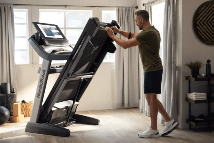 folding-up-our-one-of-our-favorite-incline-trainers